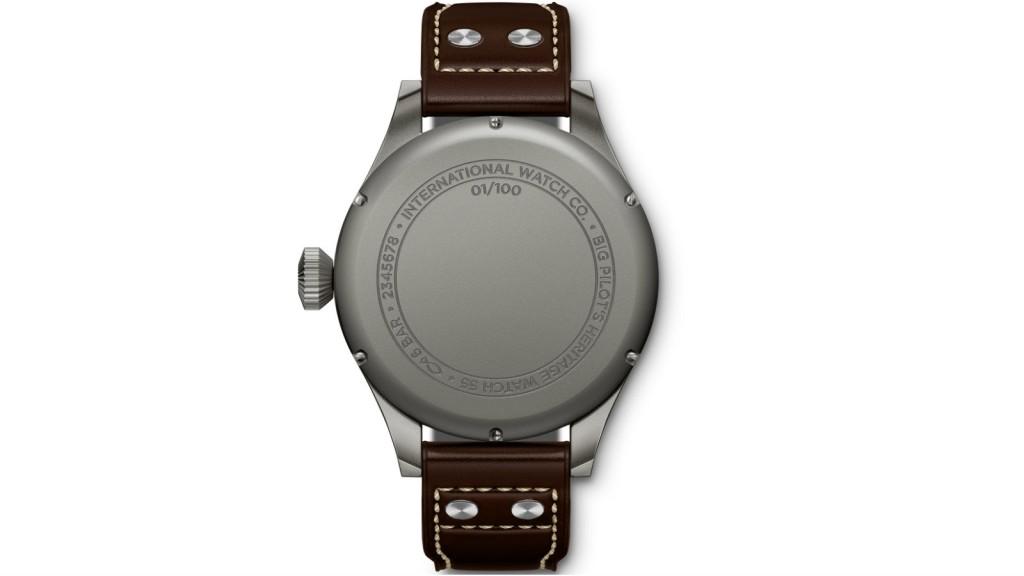 02_IWC_IW510401_Big Pilot's Heritage Watch 55_Back_1600x900