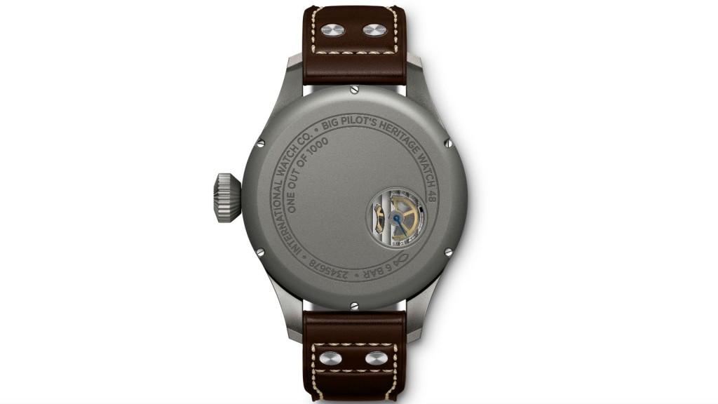04_IWC_IW510301_Big Pilot's Heritage Watch 48_Back_1600x900