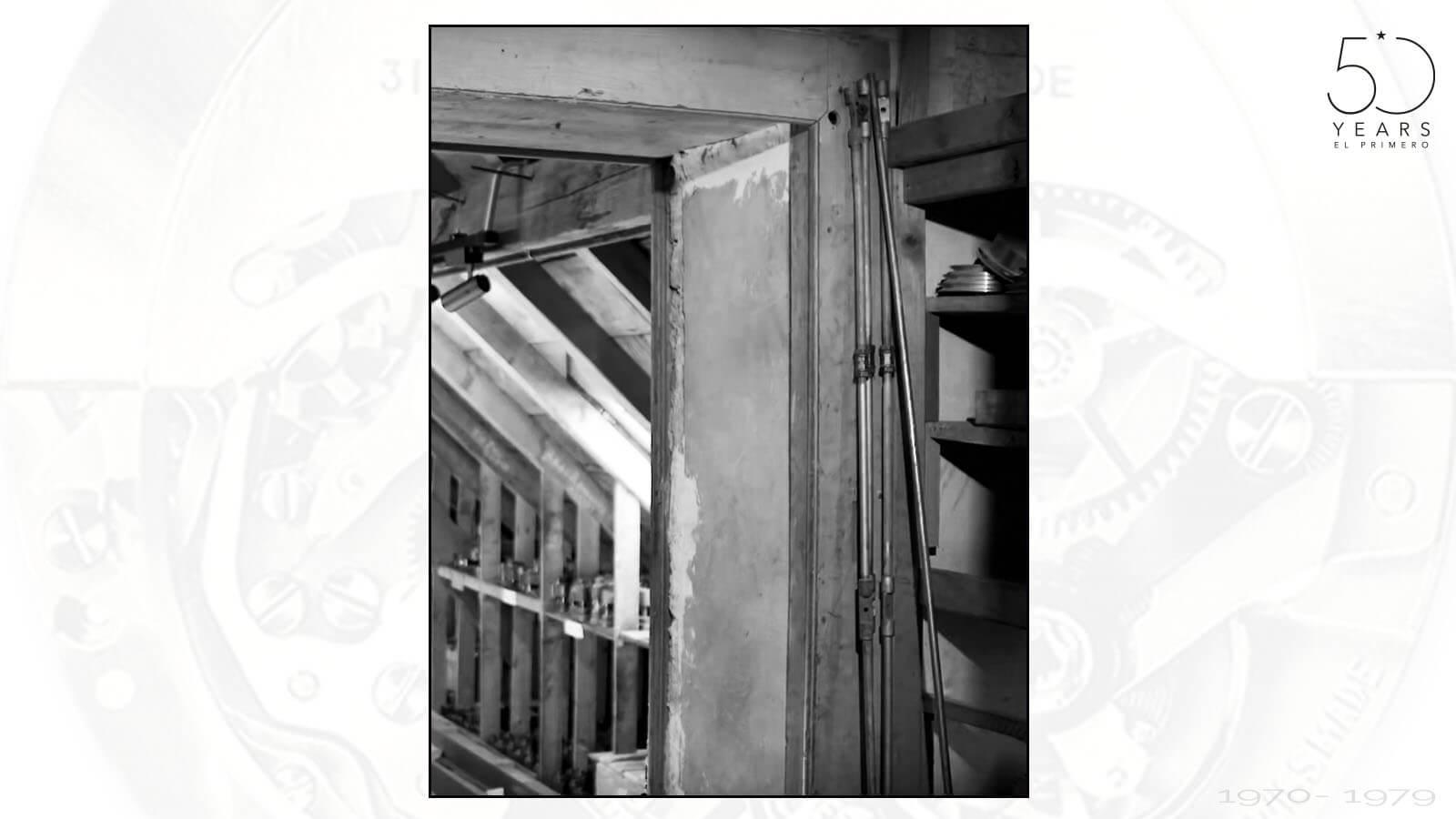 Zugang zum Raum, in dem Charles Vermont die Teile und Werkzeuge versteckte und zumauern ließ