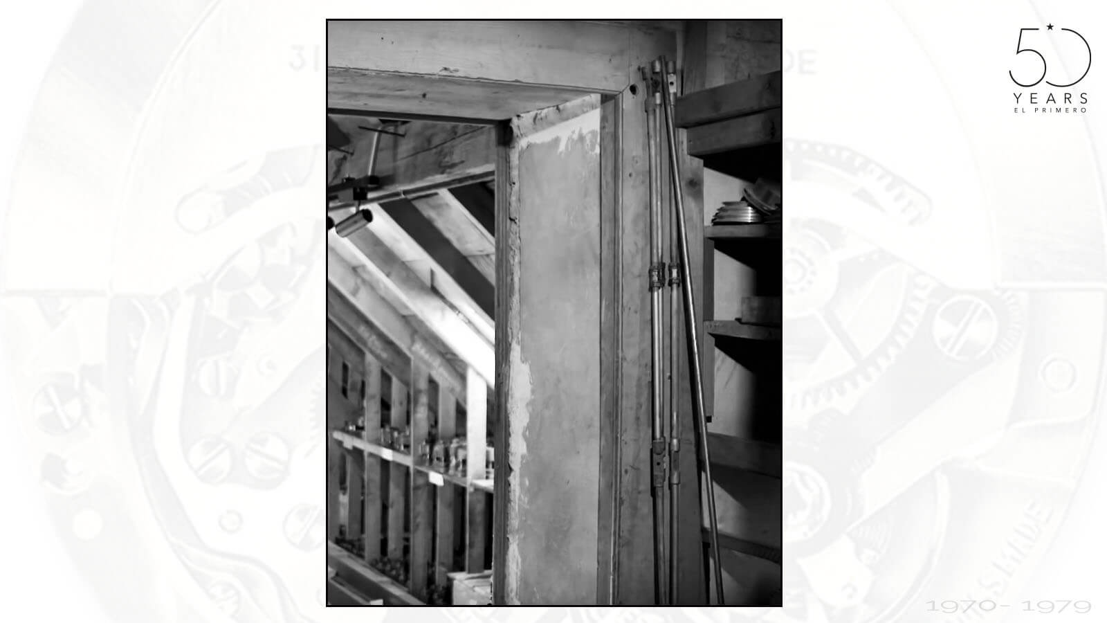 Zugang zum Raum, in dem Charles Vermot die Teile und Werkzeuge versteckte und zumauern ließ
