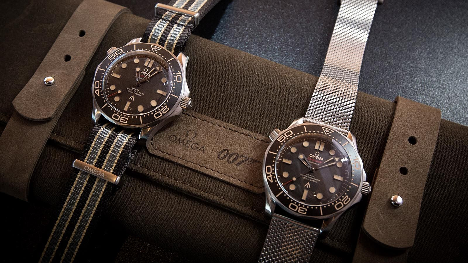 OMEGA Seamaster Diver 300M 007 Edition links am NATO-Band, rechts mit Mesh-Band