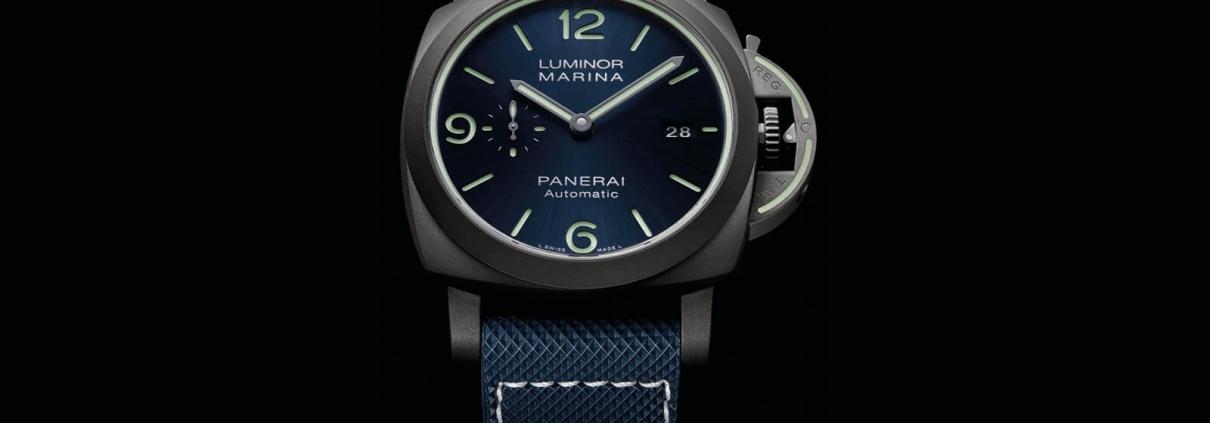 Frontansicht der OFFICINE PANERAI Luminor Marina Titanio PAM01117