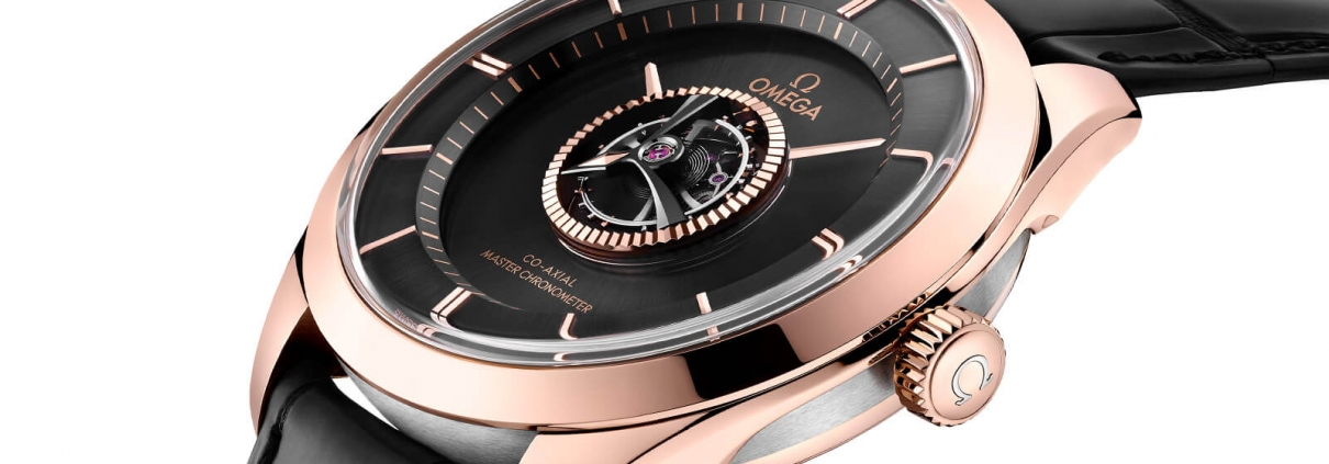 OMEGA De Ville Zentraltourbillon an schwarzem Lederband mit Zentraltourbillon und Master Chronometer Zertifizierung