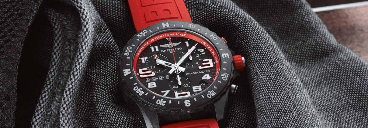 Breitling Endurance Pro in rot mit Quatzwerk