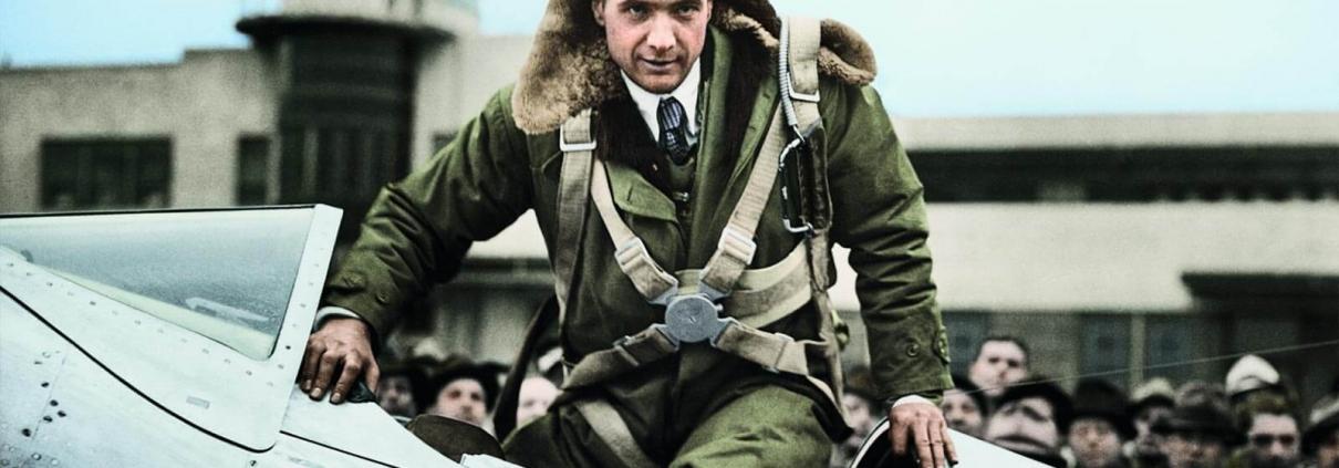 Howard Hughes umrundete die Erde 1938 in der damaligen Rekordzeit von 91 Stunden