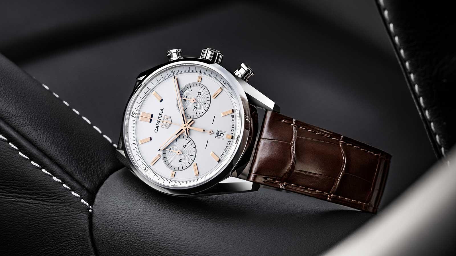 TAG Heuer Carrera Chronographen 42 mm Calibre Heuer 02 Automatik mit weißem Zifferblatt und roségoldbeschichteten Appliken und Zeigern
